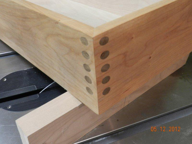 DIY_drawer_joint_detail_for_hall_table