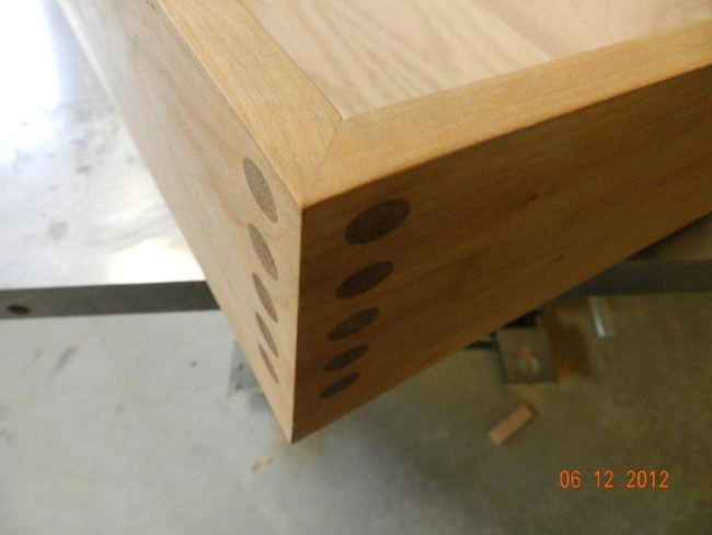Additional detail for mter joint made with Dowelmax for hall table drawer.