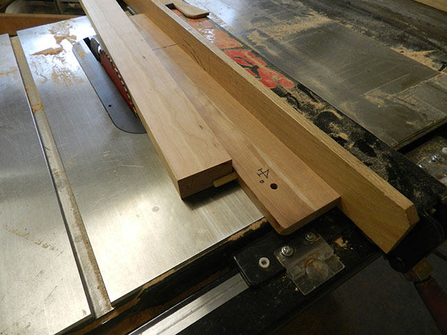 shopmade-guide-to-cut-taper-on-bed-headboard-leg