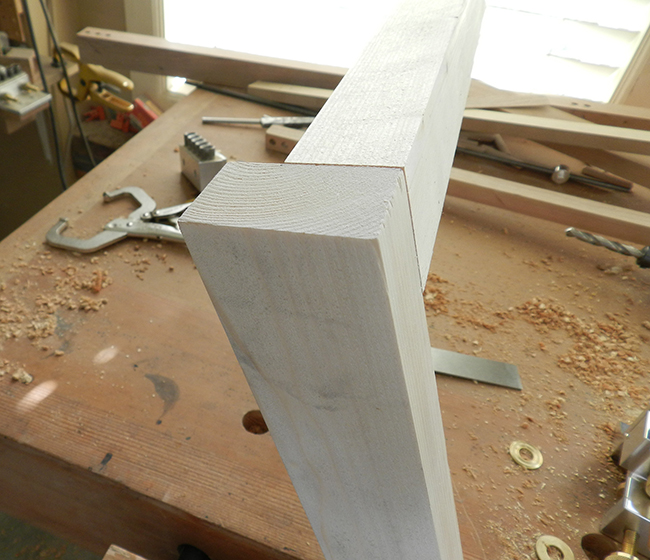 upper-rail-after-trimming-in-tablesaw-small